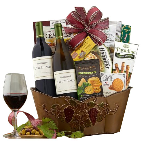 Double Wine Delight Gift Basket of Assortments
